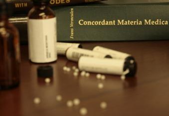 homeopathy-1604071_960_720-pixabay